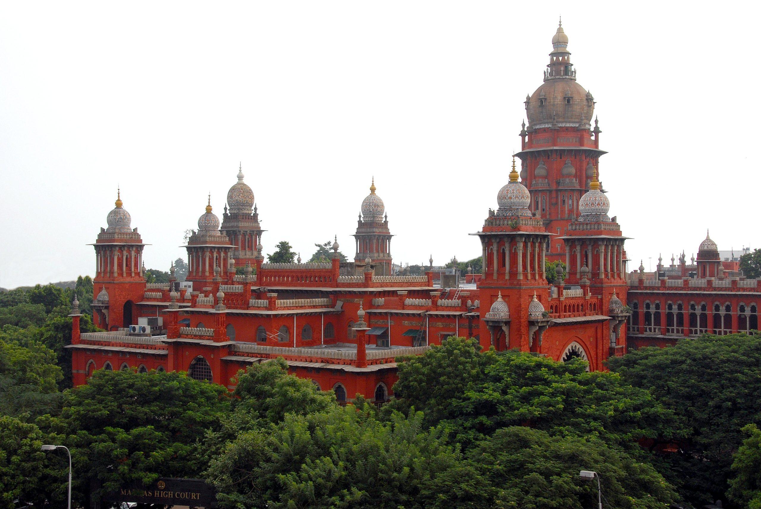 Madras High Court advocates addressed a representation to the Bar Council of Tamil Nadu