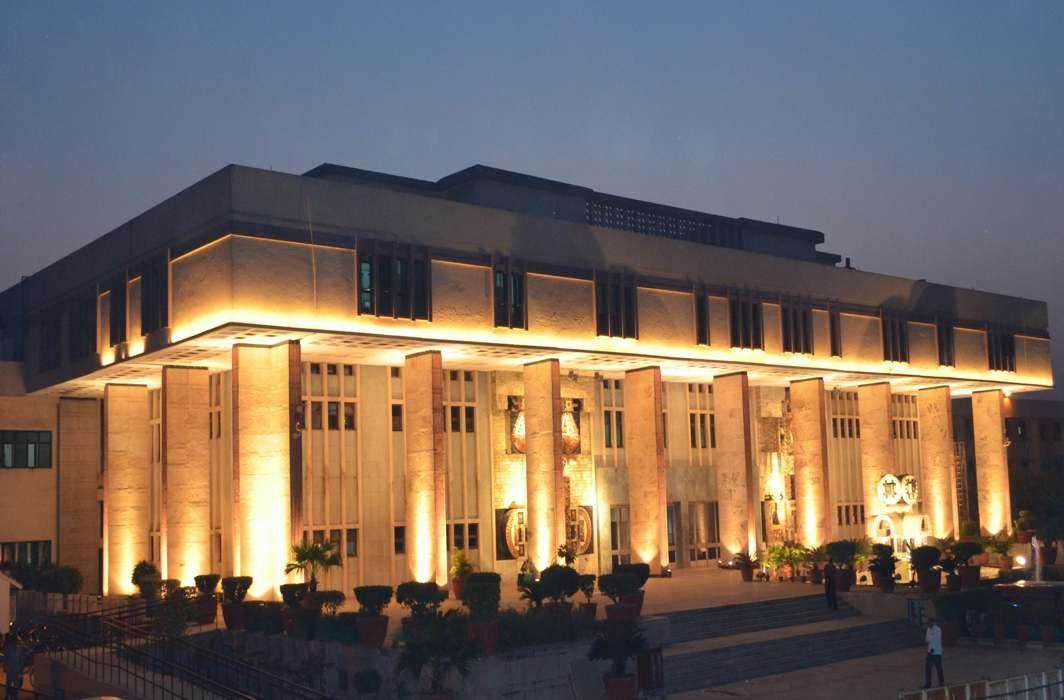 Delhi High Court suspends its Summer Break