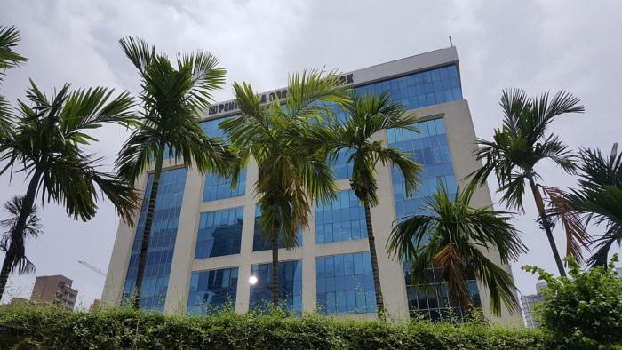 Cyril Amarchand Mangaldas Office, Peninsula Chambers, Peninsula Corporate Park, Mumbai