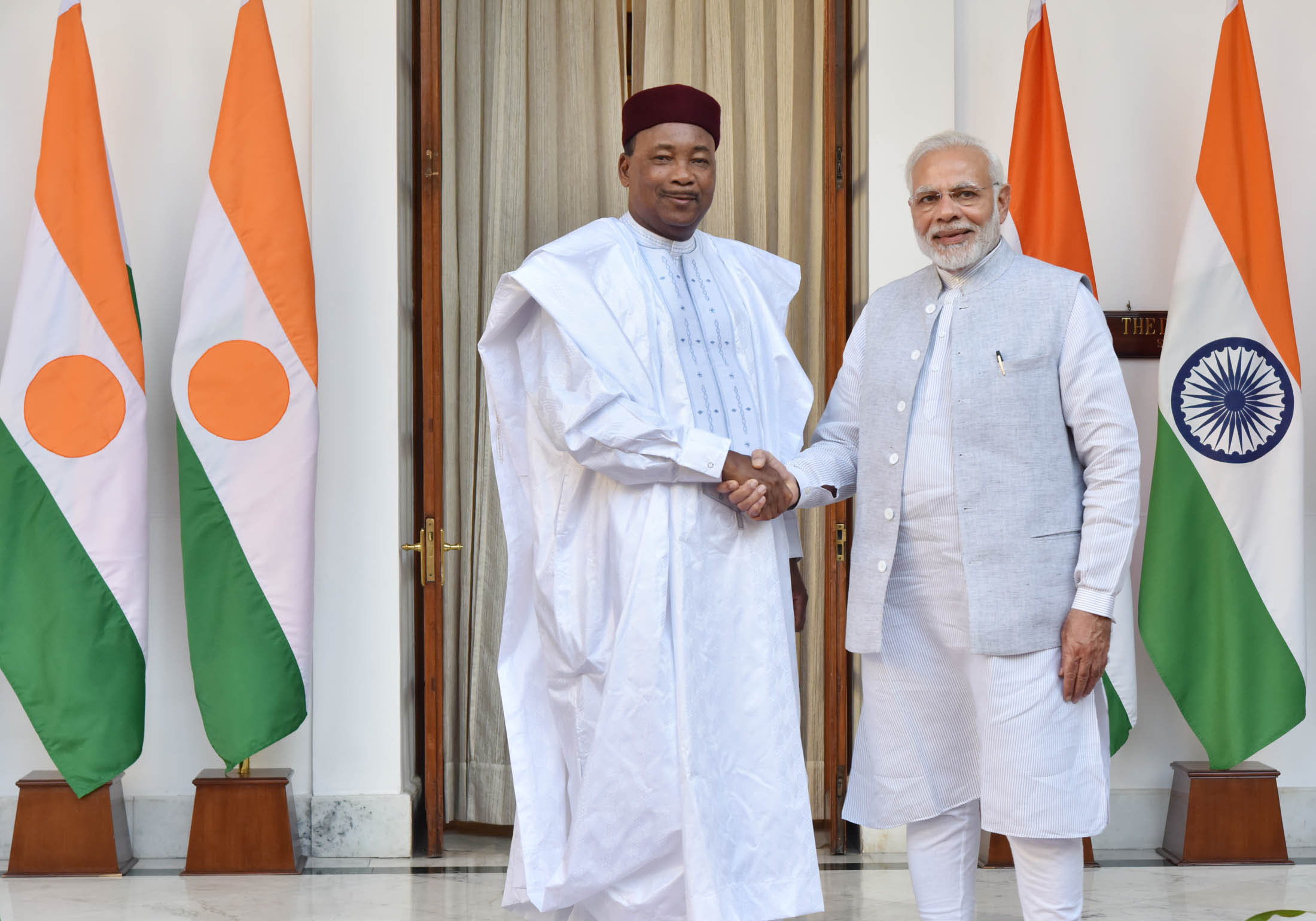 Prime Minister, Shri Narendra Modi with the President of Niger, Mr. Issoufou Mahamadou.