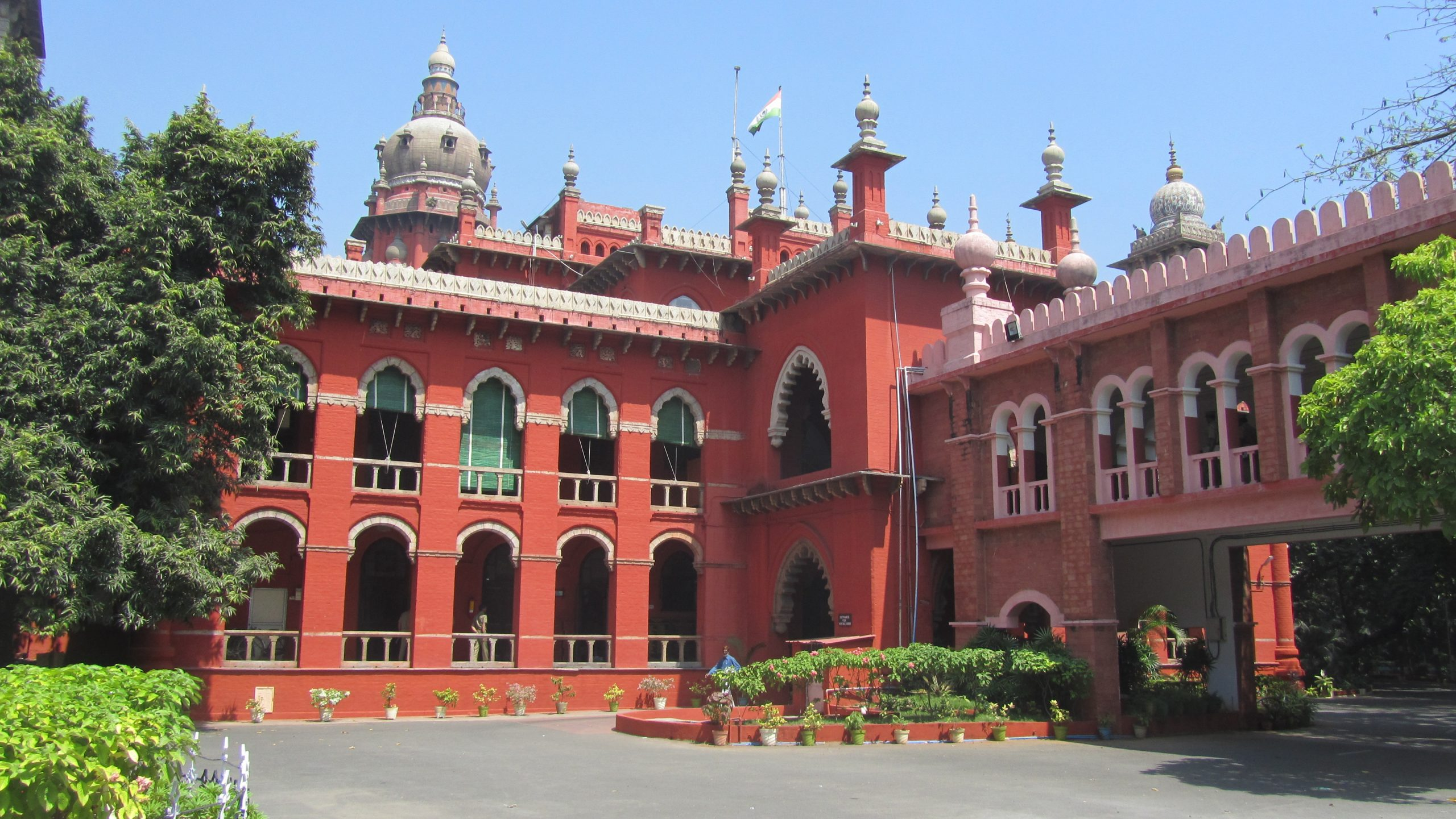 The Madras High Court highlighted that the State cannot misuse criminal defamation proceedings.