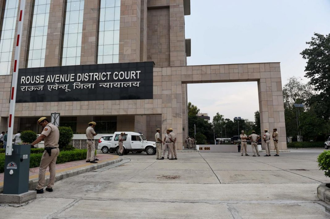A staffer of the Delhi's Special CBI Court at Rouse Avenue, allegedly raped a 38-year-old woman.